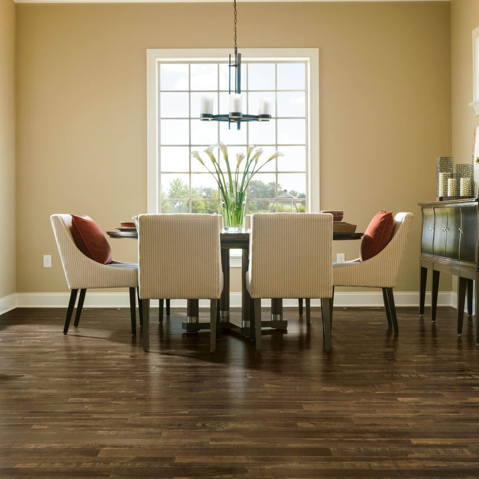 Dining room hardwood flooring | Great Lakes Carpet & Tile