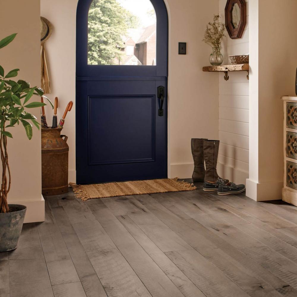 Hardwood flooring | Great Lakes Carpet & Tile